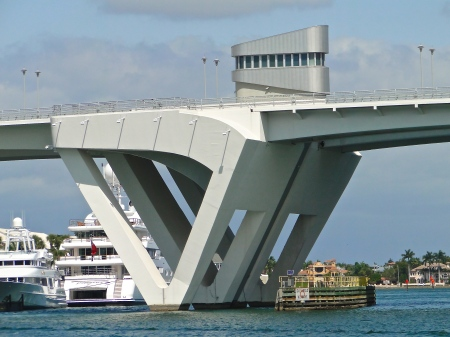 "Port of Miami ""Flight"" Tower"